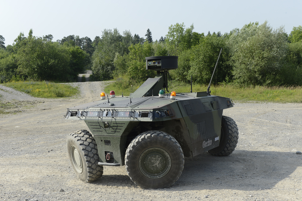 Unmanned Ground Vehicle UGV operation on unpaved terrain